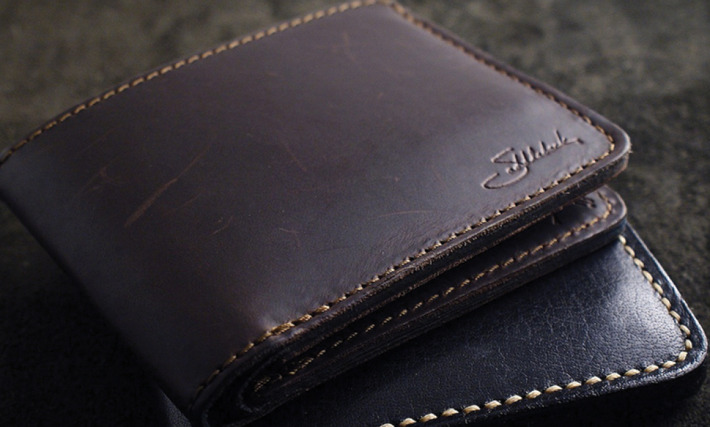 Saddleback leather wallet - Buy it for life (BIFL)