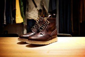 Classic brogue boot