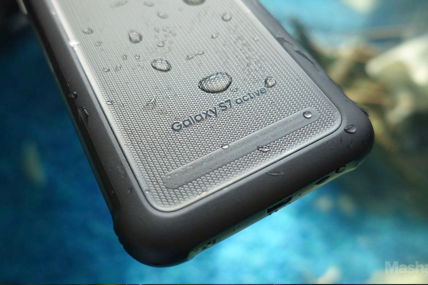 Samsung Galxy S7 Active waterproof