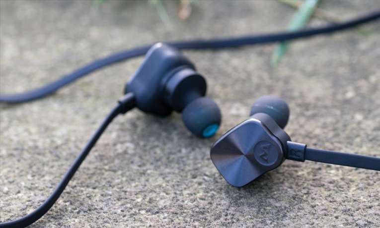 Mpow Magneto wireless bluetooth earbuds