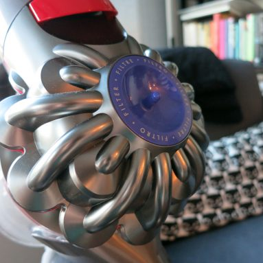 Review: Dyson V8 cordless vacuum | A cordless that can finally be your main vacuum