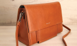Best vegan purse | Matt & Nat Shareen Vintage Crossbody Bag
